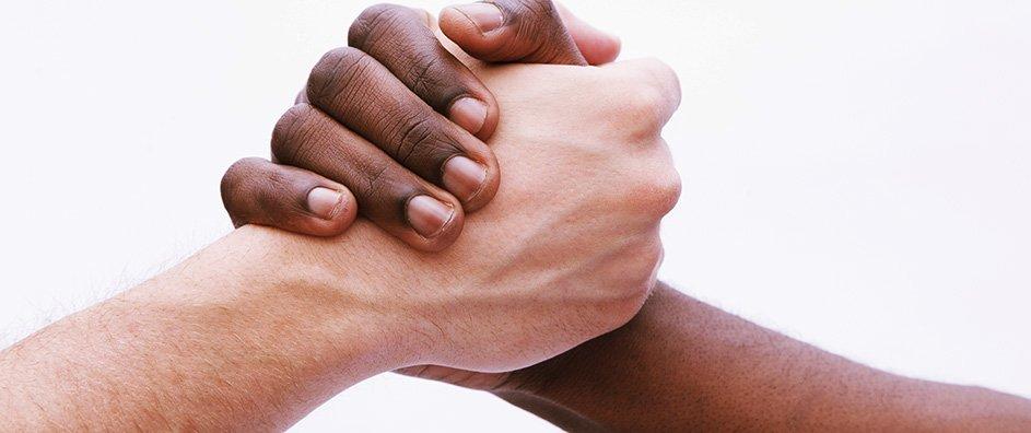 Am I Black or White - Who Am I ? - Soraya Saraswati